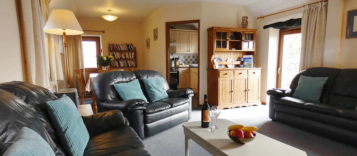 Kitchen and lounge, Moorview Cottage